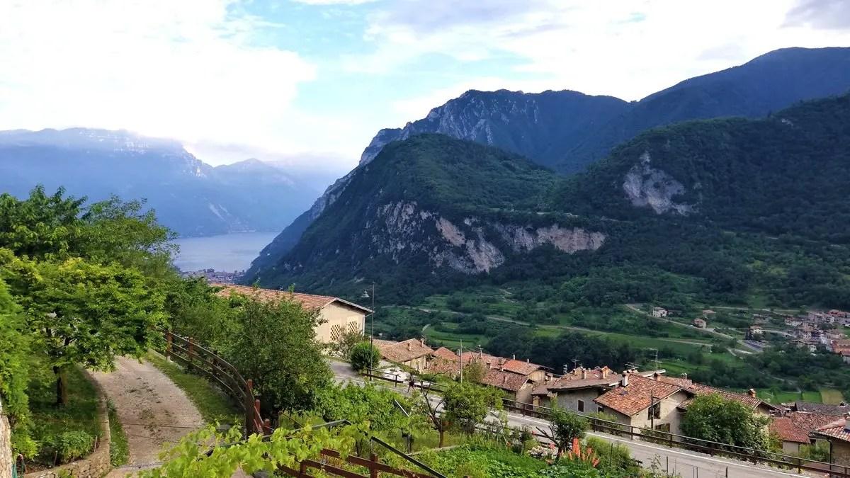 You are currently viewing Tenno cosa vedere: 5 tappe da non perdere sul Lago di Garda in Trentino