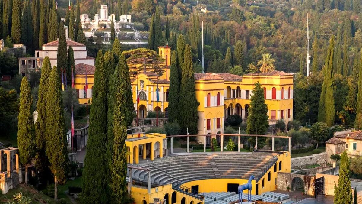 Vittoriale degli Italiani: visita alla casa museo di Gabriele d'Annunzio