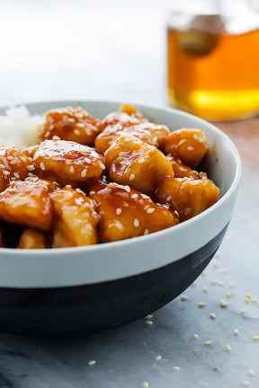 Slow Cooker Honey Sesame Chicken | Creme de la Crumb