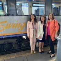 FINALMENTE 3 DONNE ai VERTICI per inaugurazione 2 treni regionali SWING