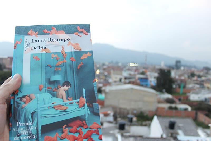Reseña del libro Delirio de Laura Restrepo