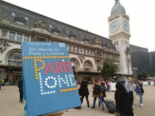 Libro Sin blanca en París y Londres