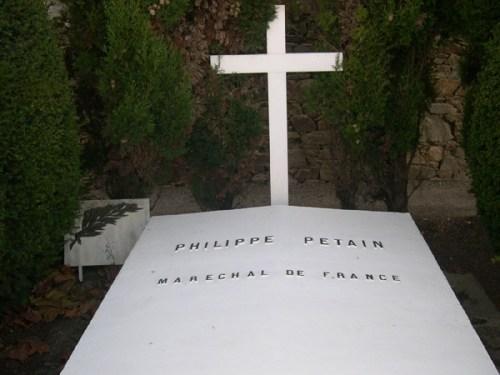 Voyage à l'Île-d'Yeu pour honorer la mémoire du maréchal Pétain