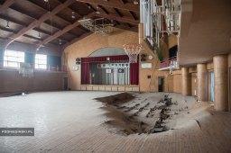 Fukushima 5 ans après - Un gymnase