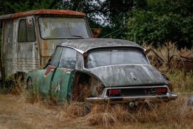 Cimetiere de voitures Citroën ID et DS