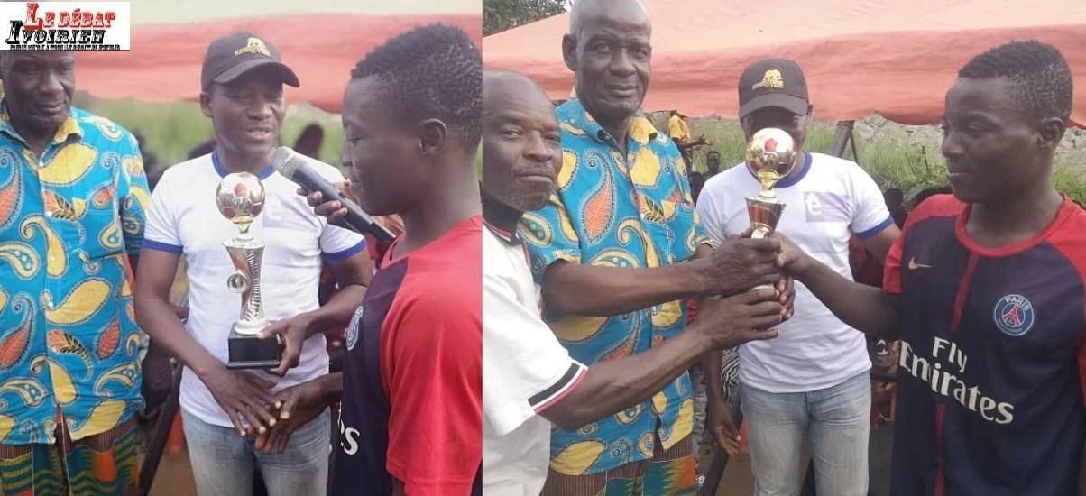 trophée Sékou Sanogo evec Samba Koné ledebativoirien.net