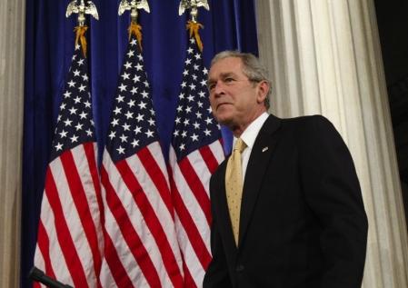 George W. Bush et Bill Clinton doivent participer la semaine prochaine à une conférence économique à Surrey, en Colombie-Britannique.