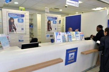 Bureau de poste, guichet La Banque Postale
