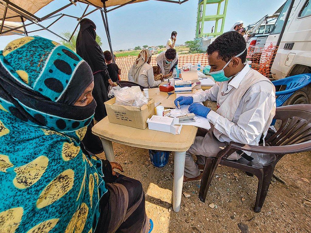 Blog banner Ledlenser shines a light for Doctors Without Borders
