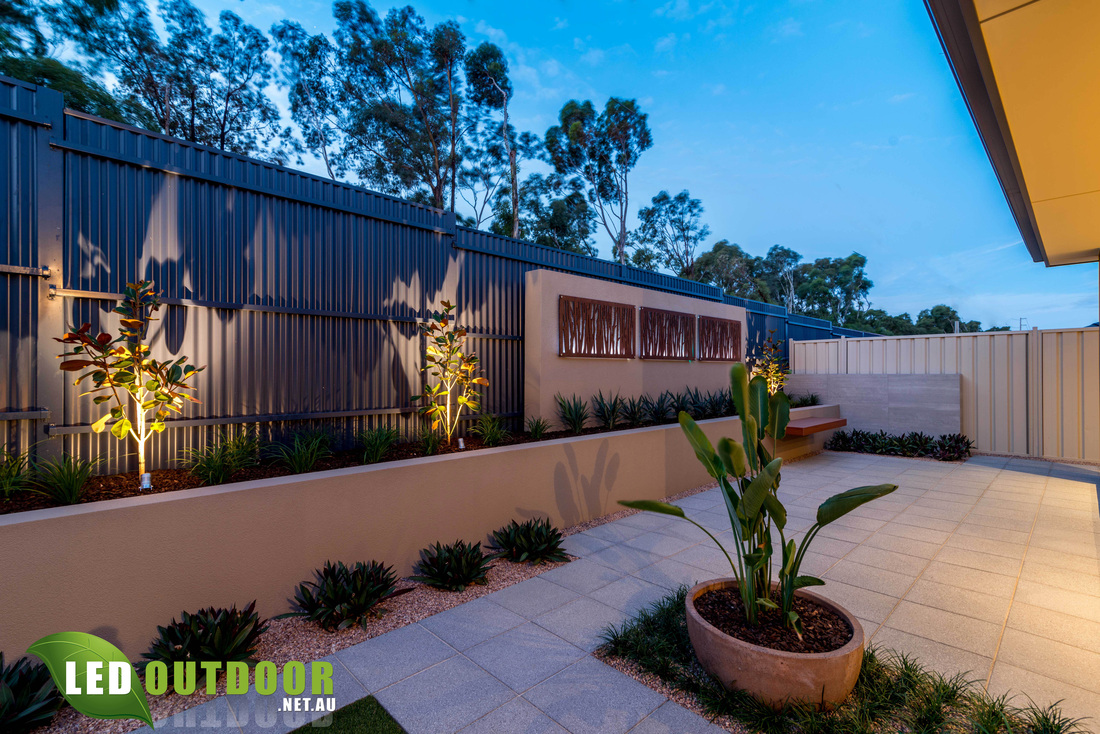 After some Enticing Landscape Ideas? - LED Outdoor on Backyard Feature Walls  id=38146