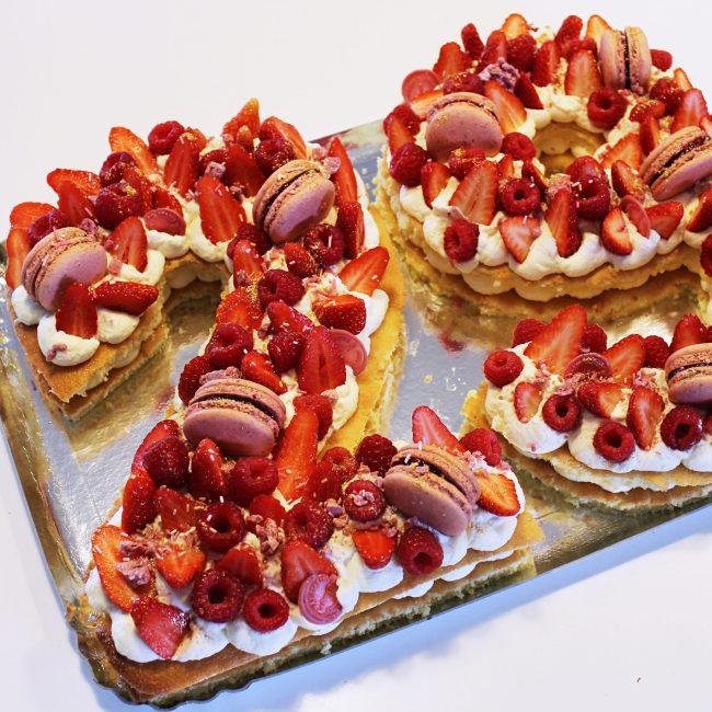 LE DOUX FRUIT PATISSERIE ARTISANALE NUMBER CAKE CITRON FRUIT ROUGE MONTPELLIER