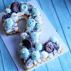 le doux fruit patisserie artisanale montpellier number cake gateau chiffre anniversaire bleu