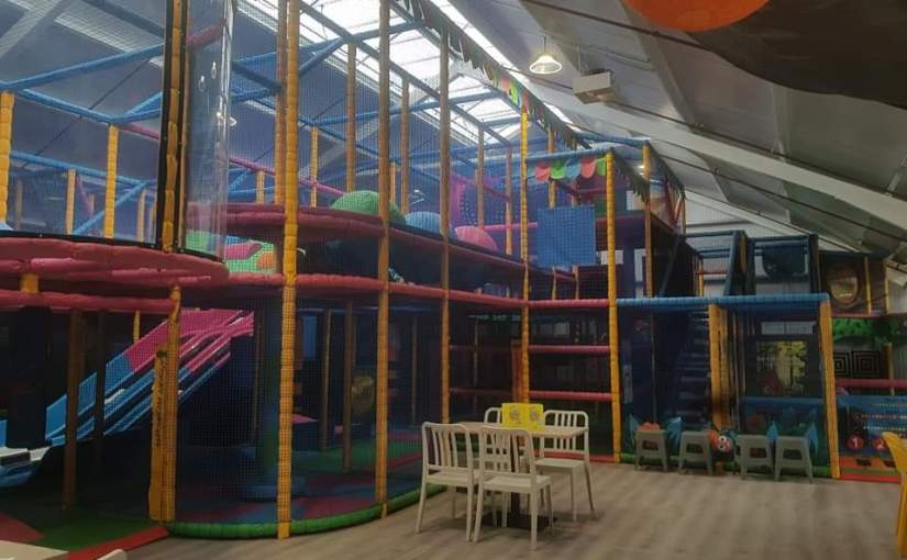 Grass Hoppers at Tong Garden Centre – indoor play