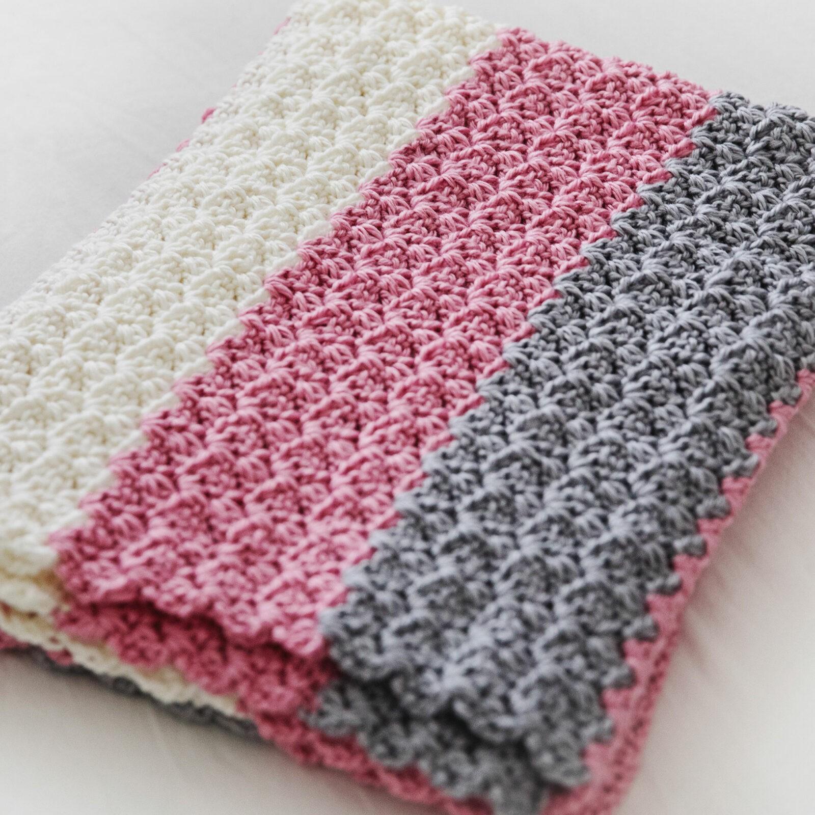 f54a23e0d5285 Simply Sweet Crochet Baby Blanket Pattern - Leelee Knits