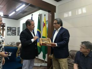 Dean James Anaya and Governor Viana of Acre, Brazil