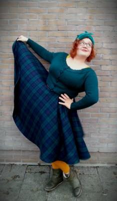 Tartan circle skirt 3