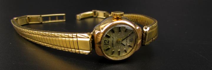 Vintage horloges opwindbaar fifties leesvoer 3