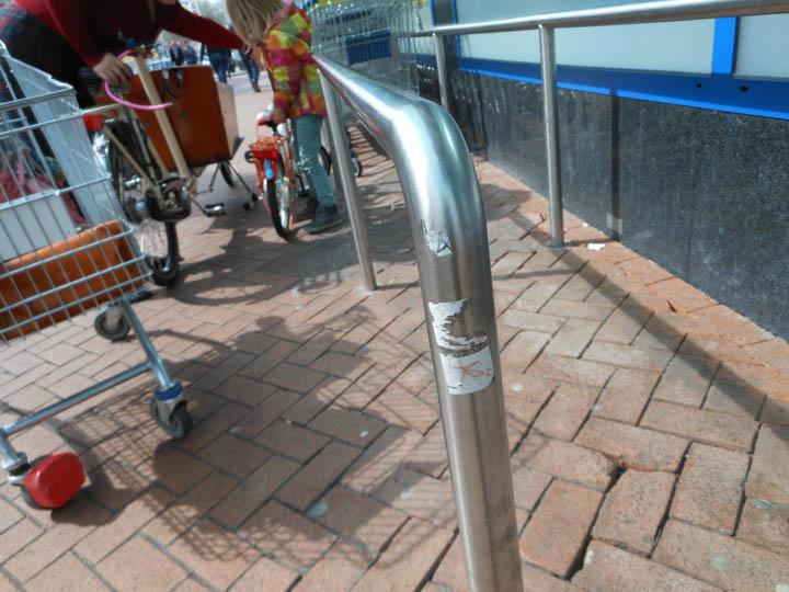 LeesVoer kleuter met een camera kleuterplog plog supermarkt-24