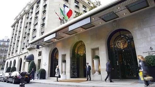 L'hôtel George-V, à Paris.