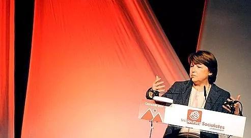 Martine Aubry a également défendu dimanche l'adoption par les couples homosexuels, devant des centaines de militants rassemblés pour le 9e congrès du Mouvement des jeunes socialistes (MJS) à Grenoble.