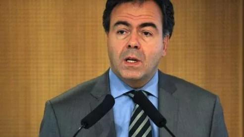 Le ministre promet la mise en place d'équipes mobiles de sécurité dans chaque académie d'ici au 31 mars.