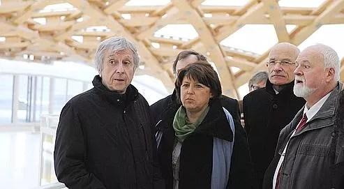 Martine Aubry en compagnie d'�lus socialistes lorrains lors d'une visite au Centre Pompidou de Metz, mardi, dans le cadre de la campagne des r�gionales.