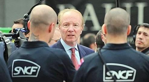 Brice Hortefeux, lundi à la gare du Nord, s'est déclaré soucieux de faire de la sécurisation du site «un exemple à suivre».