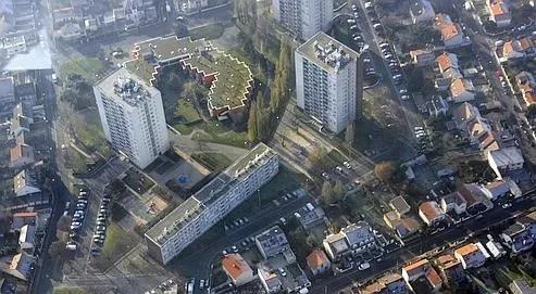 Vue aérienne de la ville de Drancy. En dix ans, les loyers des foyers les plus modestes ont augmenté de 42% et de seulement 28% pour les autres ménages.