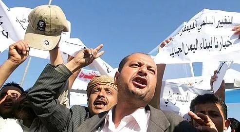 Manifestation, dimanche à Sanaa  pour un «changement pacifique et démocratique» au Yémen.