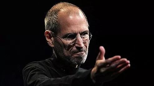 Steve Jobs lors de la présentation de l'iPhone 4, en juin 2010.