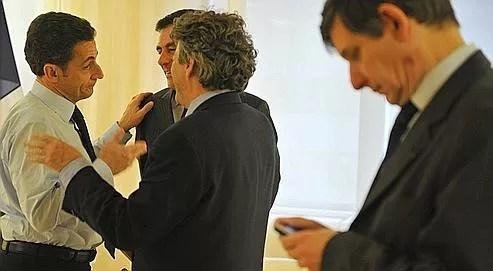 Les proches de Sarkozy assurent que Borloo n'osera pas se présenter en 2012.