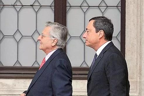 Jean-Claude Trichet et le gouverneur de la Banque d'Italie, Mario Draghi, lors d'une réunion de la BCE, à Venise.