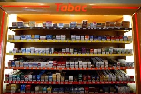 Depuis l'annonce par Nicolas Sarkozy, dimanche 30 janvier d'une augmentation de 1,6 point de la TVA au 1er octobre prochain, Bercy s'est retrouvé confronté au casse-tête de la fixation des nouveaux prix du tabac.