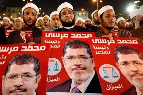 Rassemblement de quelques milliers de salafistes, dimanche 20 mai, lors d'un meeting du mouvement djihadiste «Ansar Echaria».