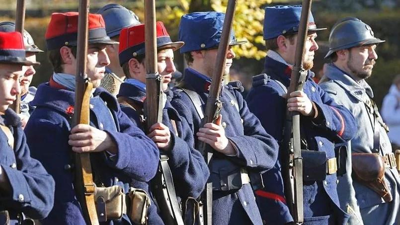 Cérémonie du 11 novembre à Roye dans la Somme.