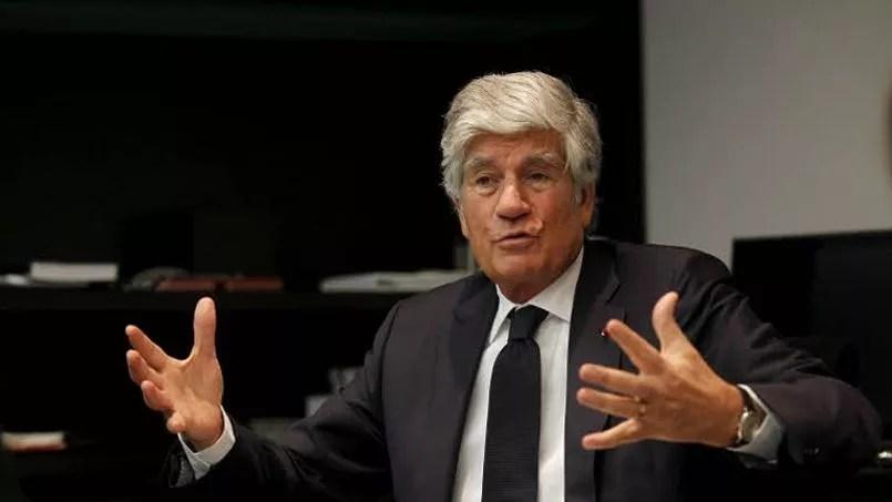 Avec 4,5 millions d'euros par an, Maurice Lévy de Publicis est le patron le mieux payé du CAC 40 selon le cabinet de conseil Spencer Stuart. Il est à la tête du groupe de communication depuis 1987. Challenges estimait sa fortune en 2013 à 263 millions d'euros.