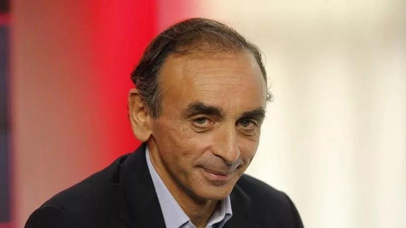 Eric Zemmour, phénomène de librairie avec son livre <i>Le suicide français</i>, a été écarté de la chaine d'information continue en raison d'une retranscription controversée d'une interview sur l'islam parue dans le <i> Corriere della Sera</i>.
