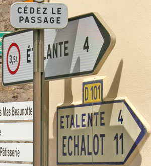 French signpost closeup