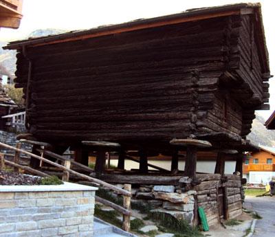 Raised hut in Zermatt