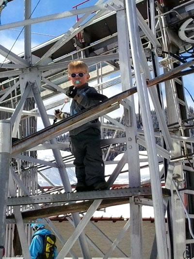 <Photo of kid in charge at Grands Laquais drag lift in l'Etale, La Clusaz >