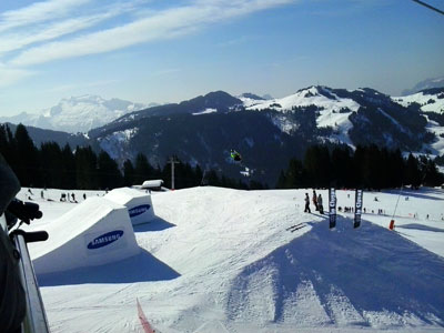 <Photo of the SFR Tour slopestyle competition from La Clusaz chairlift. Copyright Le Franco Phoney>