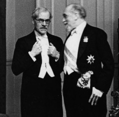 Governor of the bank of England Montagu Norman with Labour Prime Minister Ramsay Macdonald