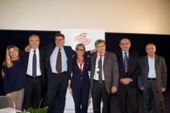 Foto di gruppo al termine del primo congresso di Legacoop Romagna
