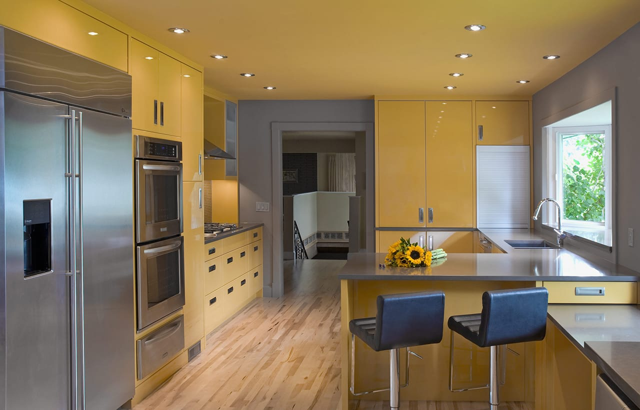 High Gloss Contemporary Kitchen To Match A Modern Family S