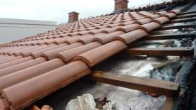 Izgoren krov