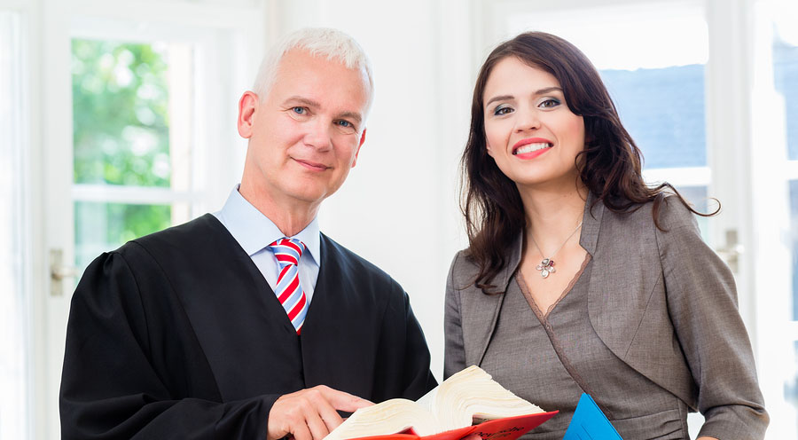 Tips To Establish Trust Between A Lawyer And A Paralegal Legaljobs Ca
