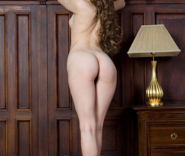 Sexy Petite Ass Teen Brunette Model