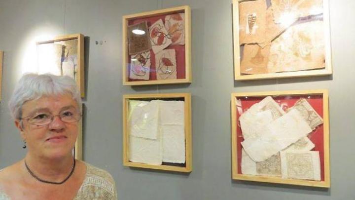 Martine Gautier Carré - artiste et créatrice d'articles en papier