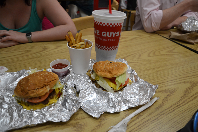 comida rapida new york five guys