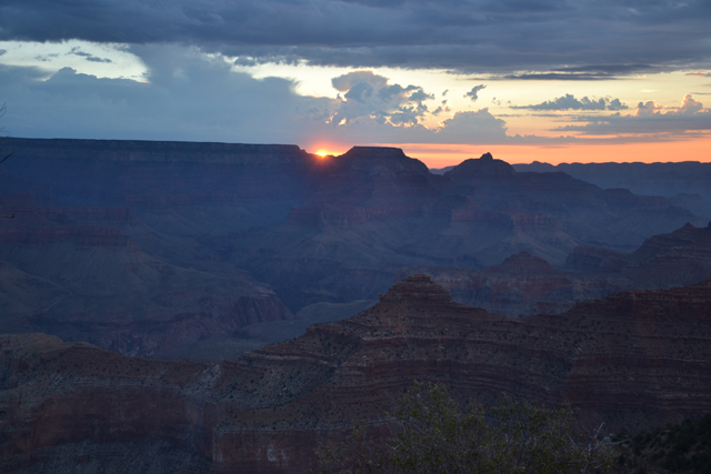 Grand_Canyon_USA_amanecer_sunrise